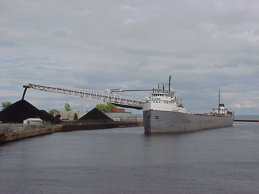 2001 Menominee Marinette Ships